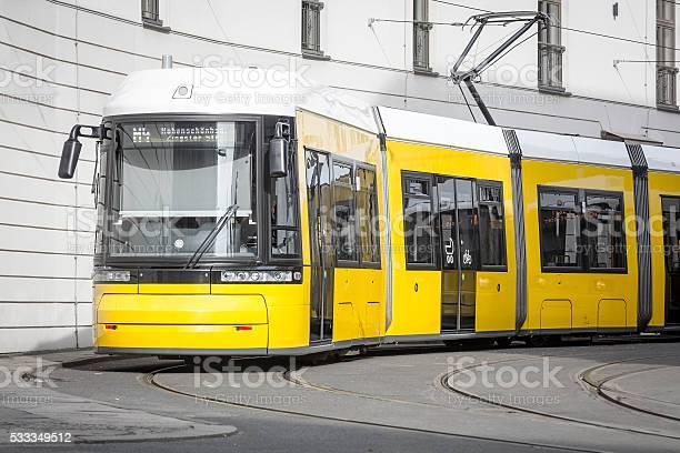 Gelbe Berlin Straßenbahn Stockfoto und mehr Bilder von Berlin