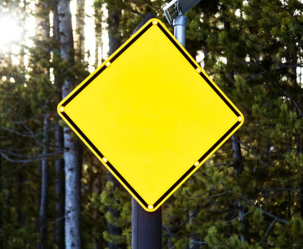 gelbe leere bären zeichen - rawpixel stock-fotos und bilder