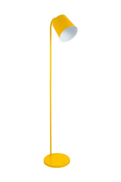 lampadaire jaune isolé sur fond blanc - lampe électrique photos et images de collection
