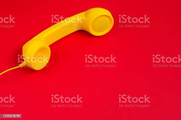 Yellow handset on red background picture id1220378767?b=1&k=6&m=1220378767&s=612x612&h=1by2dhud6on5txwi8z5mknfvrtmquyc6jermv1lmh20=