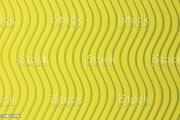 Foto de Textura De Ondas Verticais De Papel Amarelo Ondas Em Relevo Sobre Fundo Documento Detalhado Ondulada Do Cenário De Papelão Ondulado e mais fotos de stock de Abstrato