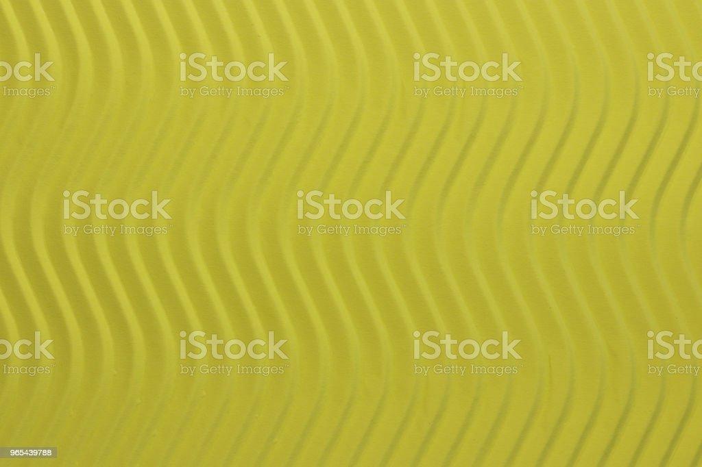노란색 종이 수직 파도 텍스처. 자세한 종이 바탕에 새겨진된 파도입니다. 물결 모양 판지 배경 골. - 로열티 프리 0명 스톡 사진