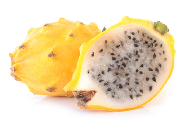 gelbe pitahaya (hylocereus megalanthus) - kaktusfrucht stock-fotos und bilder
