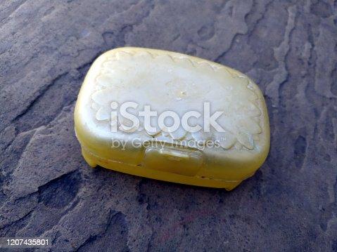 yellow plastic sop stand
