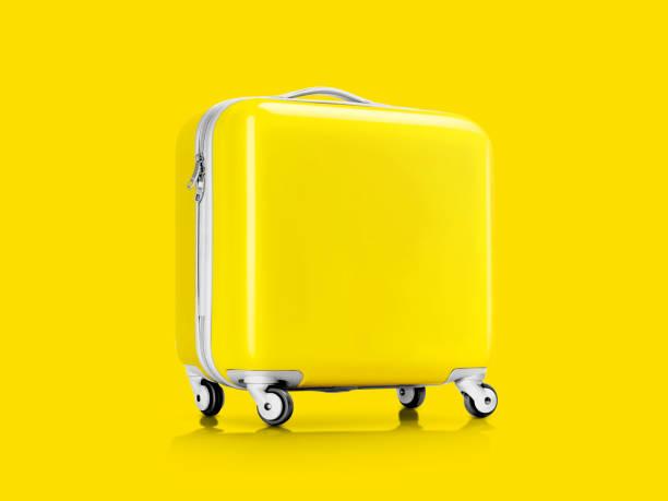 valise plastique jaune ou bagages pour voyageur - objet jaune photos et images de collection
