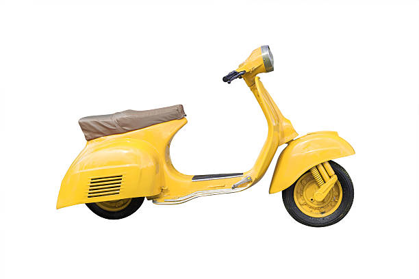 jaune moto rétro isolé sur blanc avec un tracé de détourage - moped photos et images de collection