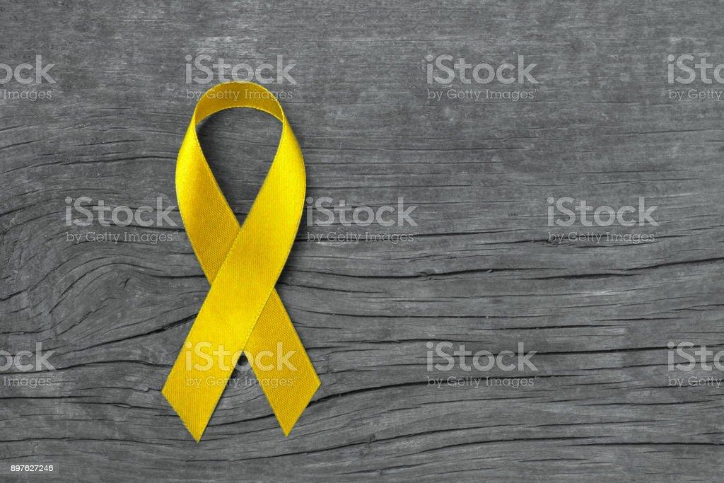 Fotografía de Cinta Amarilla Simbólica Para La Prevención De Cáncer ...