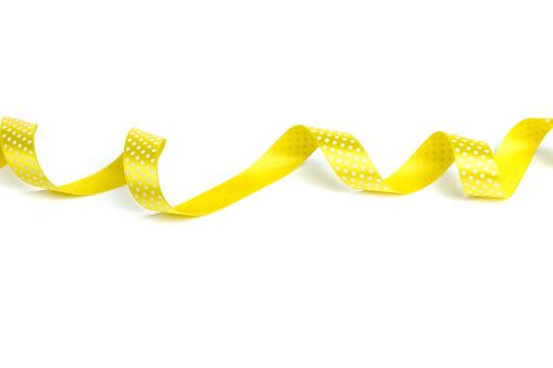 노란색 리본 흰색 바탕에 그림자와 0명에 대한 스톡 사진 및 기타 이미지