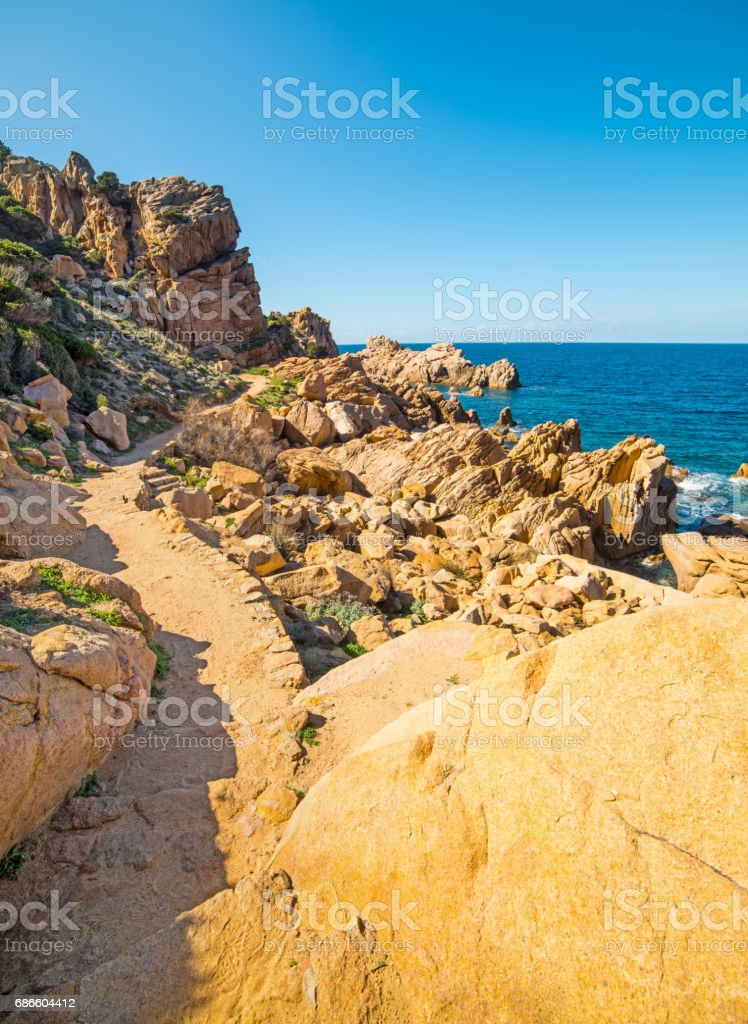 Yellow rocks under a blue sky photo libre de droits