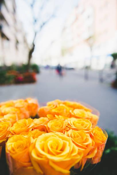 Yellow roses on flower market in paris france picture id1184211320?b=1&k=6&m=1184211320&s=612x612&w=0&h=4iwsfw 1c4foq0vmibaxv vrnfrjzs65p7bvo0fldje=