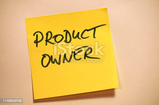 istock Yellow Sticky Note Scrum Product Owner 1143340700