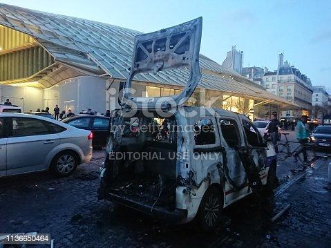 istock Yellow vest demonstration in Paris 1136650464