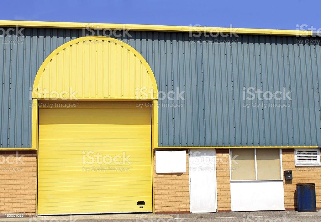 노란색 창고 건물 royalty-free 스톡 사진
