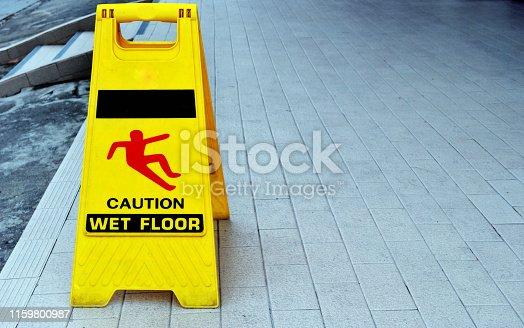 istock Yellow warning sign 1159800987