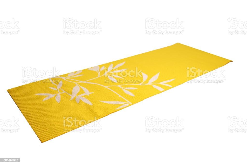 흰색 바탕에 노란색 요가 매트 royalty-free 스톡 사진