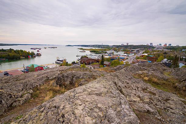 yellowknife, northwest territories - kanada rundreise stock-fotos und bilder