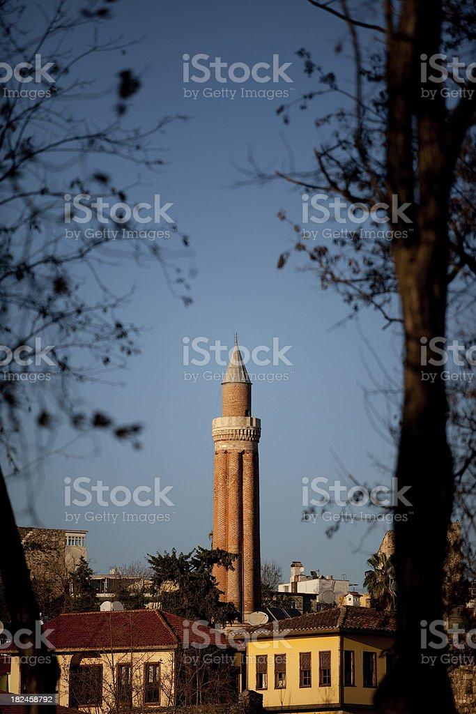 Minarete Yivli em Antalya foto royalty-free