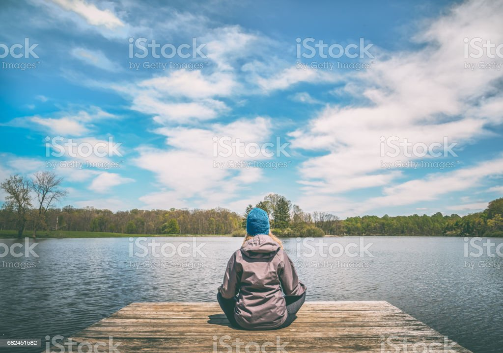 Yoga am See Lizenzfreies stock-foto