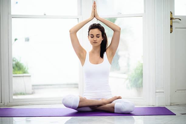 yoga-meditation-pose - kundalini yoga stock-fotos und bilder