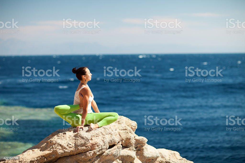 yoga auf die Küste – Foto
