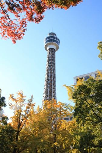 横浜マリンタワー - 世界的な名所のストックフォトや画像を多数ご用意