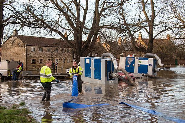 Yorkshire flooding england picture id544350098?b=1&k=6&m=544350098&s=612x612&w=0&h=xcfvx3nktj3 h9iqdykbrtqgmg4tuel5hgefhaueic8=