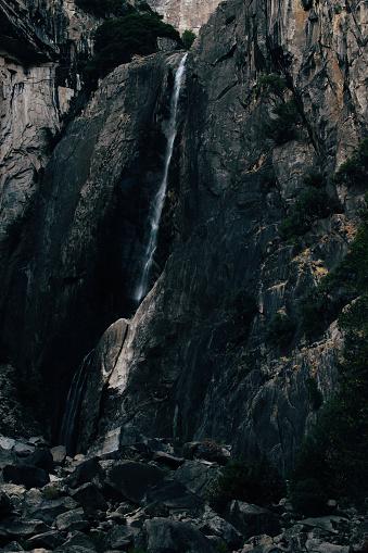 Yosemite Valt Met Geen Water In Het Najaar Van Yosemite National Park Stockfoto en meer beelden van Achtergrond - Thema