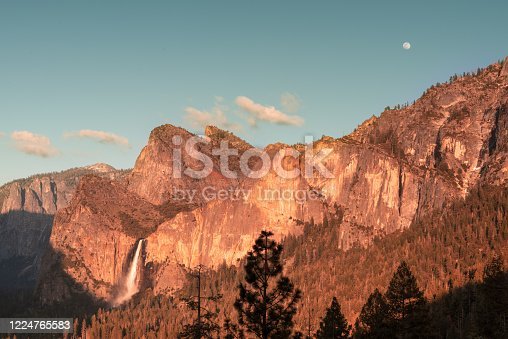 Yosemite National Park at sunset, Tunnel View point, California, USA