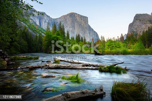 Yosemite National park in spring with Merced river