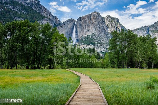 Hiking through Yosemite Valley and the heart of Yosemite National Park during a vibrant spring.