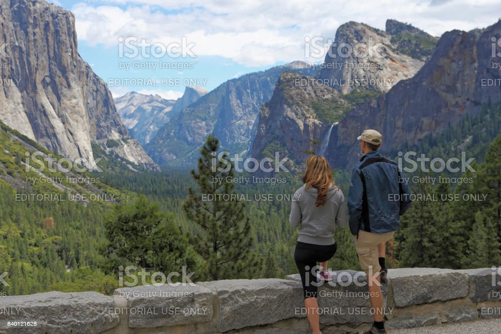 Yosemite Tunnel View with a couple on Honey moon trip stock photo