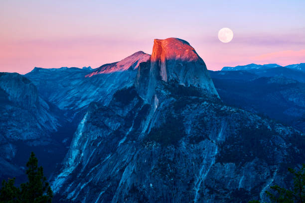 Yosemite Valley at Sunset, California, USA Yosemite valley at sunset, California, USA. el capitan yosemite national park stock pictures, royalty-free photos & images