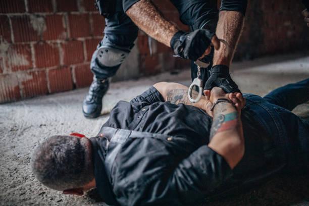 sie sind unter arrest - wächter tattoo stock-fotos und bilder