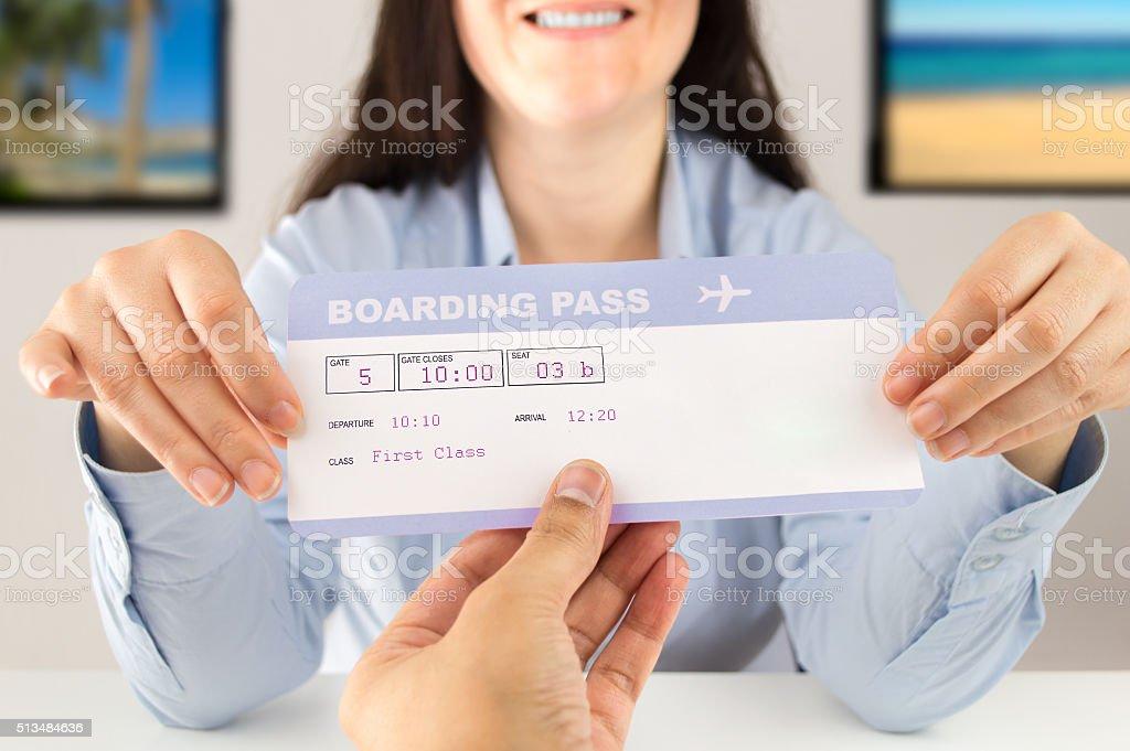 Puede viajar con este boleto - foto de stock