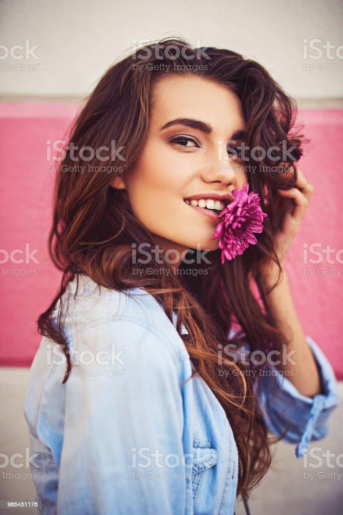 행복 하 게, 현명 하 게 선택 하려는 - 로열티 프리 20-29세 스톡 사진