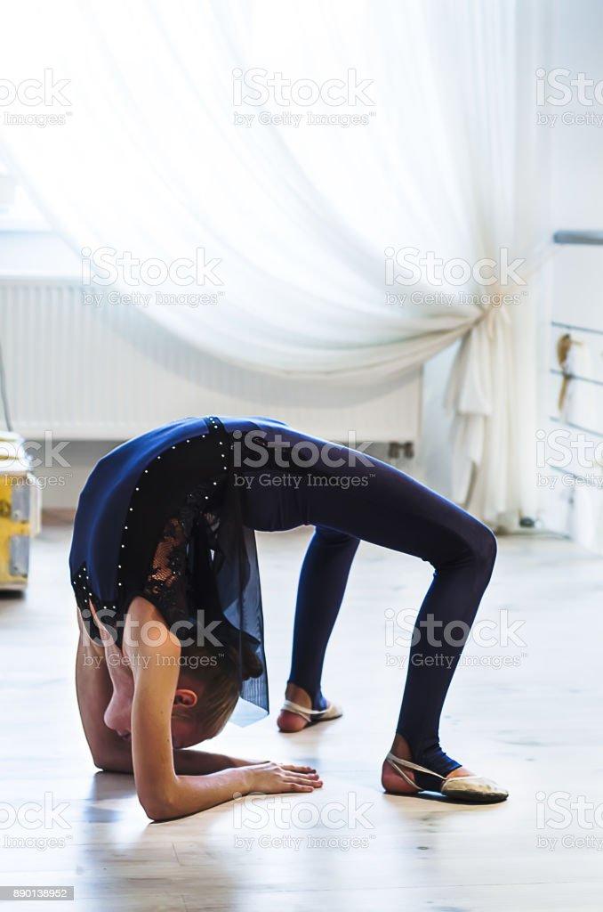 Gymnastics, The Human Body, Dancing, Sport, Flexibility