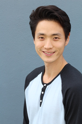 689644378 istock photo Young Asian male smiling and laughing 846415486