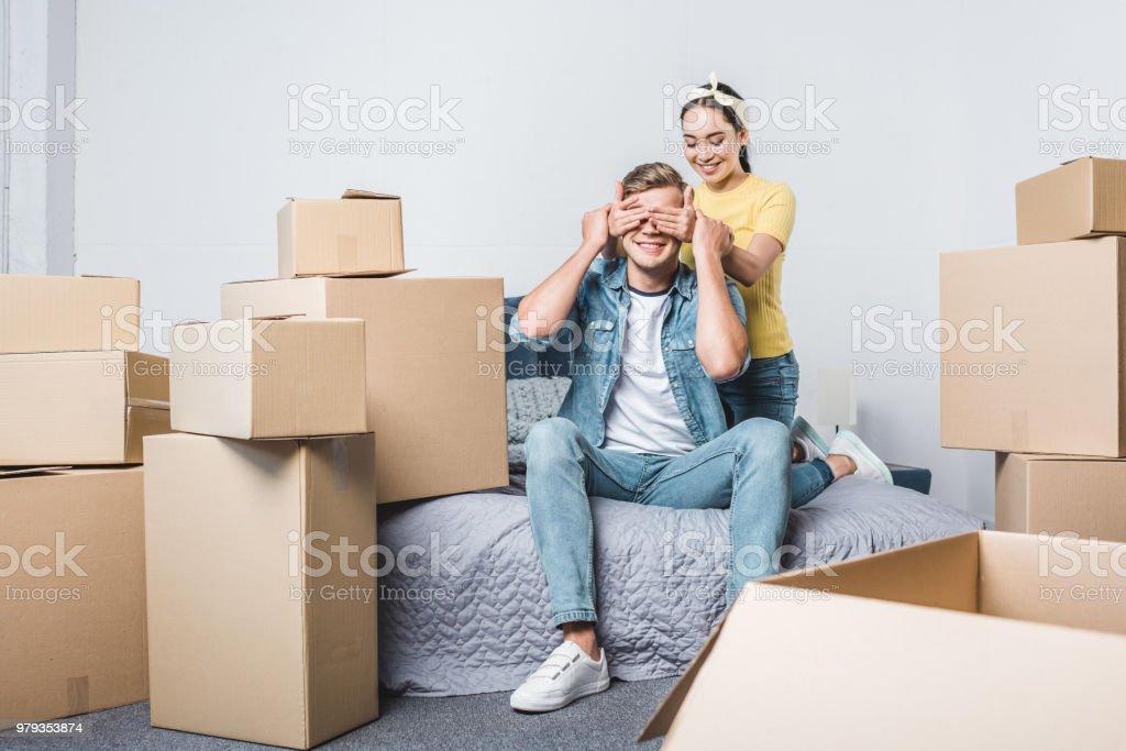Junge Asiatin Und Ihr Freund