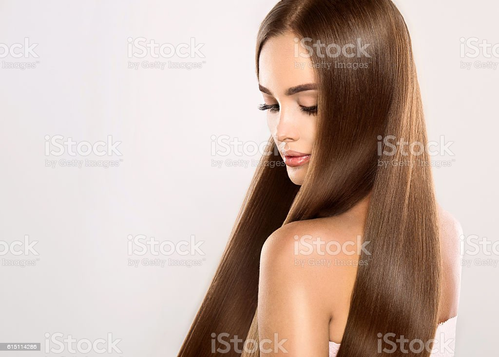 Young attractive model with gorgeous, shiny, long, straight hair. – Foto