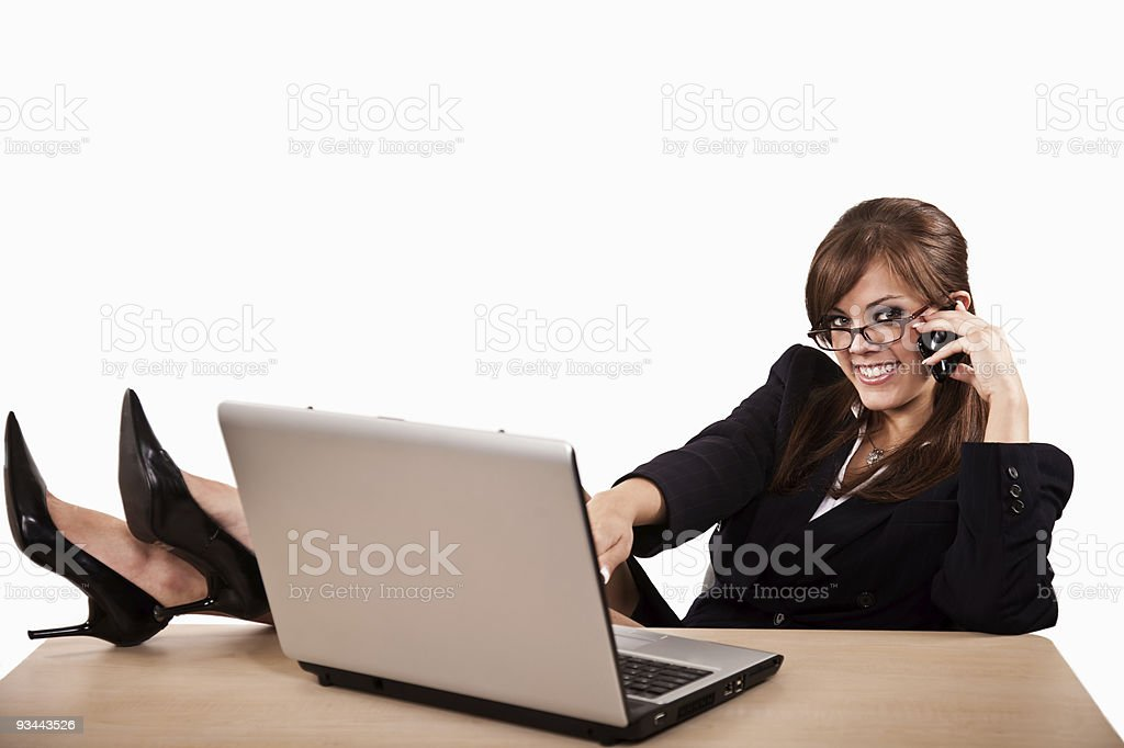 Junge attraktive Zwanziger brunette Geschäftsfrau Lizenzfreies stock-foto