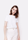 istock Young beautiful slim woman wearing white clothes Casual summer fashion 961543482