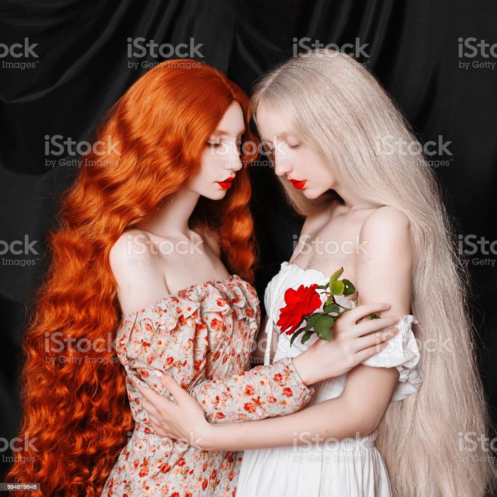 Lesbische Babes scissortieren