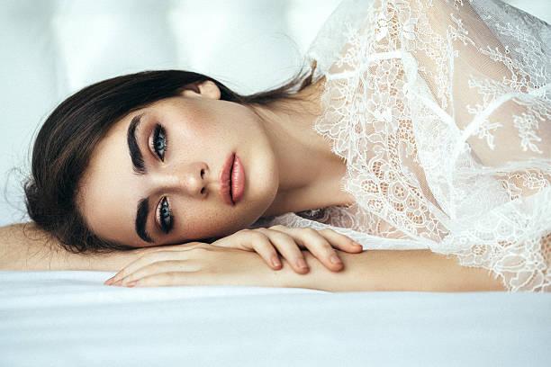 Junge schöne Frau – Foto