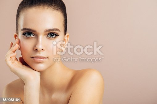 istock Young beautiful woman 884063164