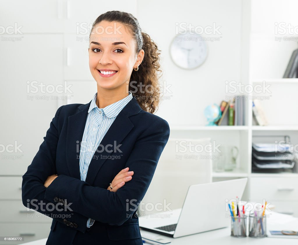 young business lady in office - foto de acervo