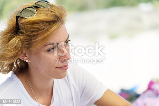628497270 istock photo Young business lady rests on the beach. 894644922