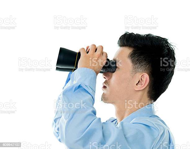 Young businessman looking through binoculars picture id609942102?b=1&k=6&m=609942102&s=612x612&h=p2 4y hj96z k equveiudag6yubhkwu6cb32x1g7sk=