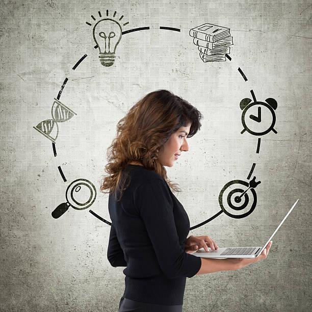 young businesswoman with infographic icons - zandloper icoon stockfoto's en -beelden