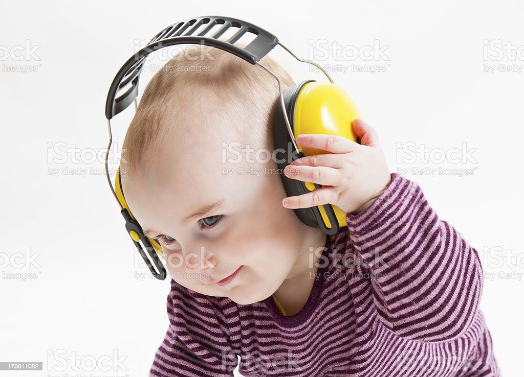 Junge Kind mit Ohr-Schutzbezug - Lizenzfrei Baby Stock-Foto
