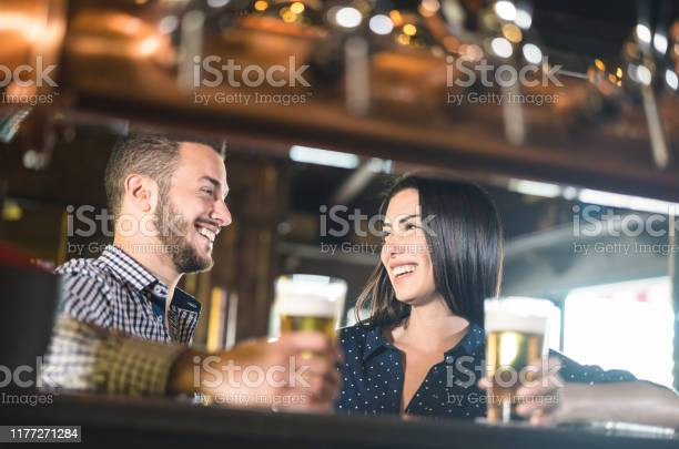 Young couple at beginnings of love story pretty woman drinking beer picture id1177271284?b=1&k=6&m=1177271284&s=612x612&h=6eezekw e3cjztx9wa2j6roeav4lsl5cr8zn0pamp k=